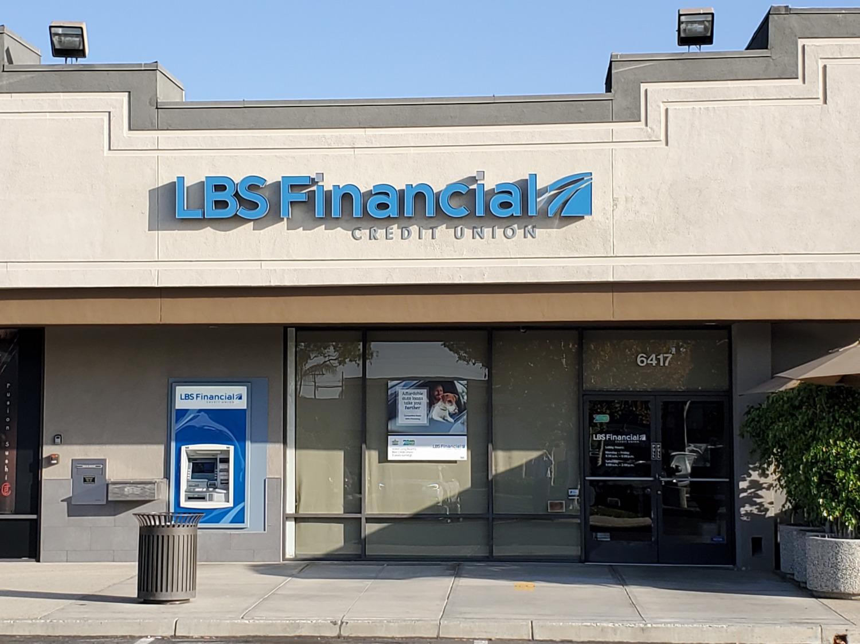 Los Altos Branch & ATM