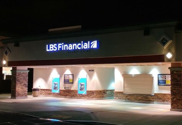 Bixby Knolls Branch & ATM*